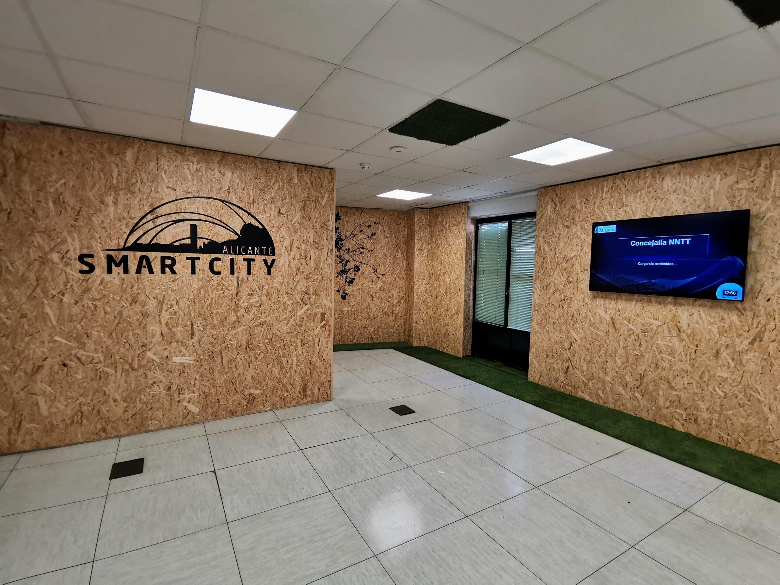 Pantallas Meeting Room Smartcity Alicante